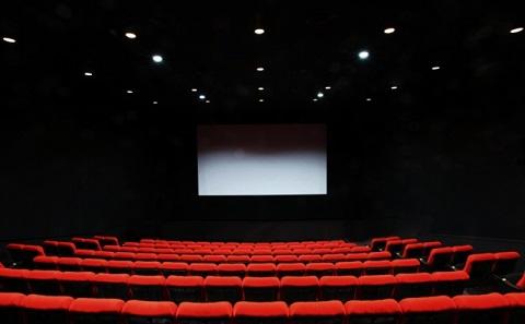 映画で英語を聞き取る